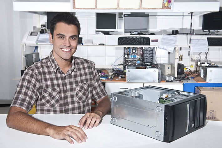 işini seven bilgisayar tamircisi